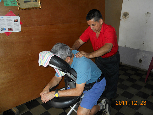 2.1324666641.blind-massage-with-roberto